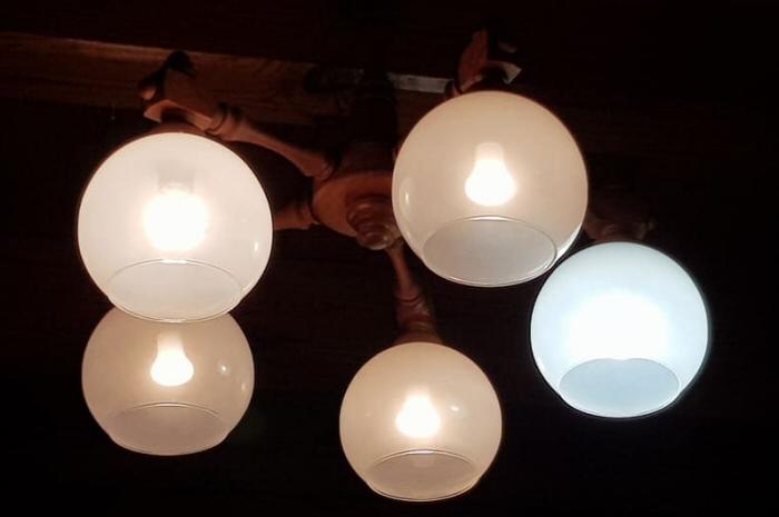 a led lámpa fogyaszt áramt